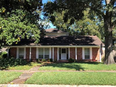 Houston Single Family Home For Sale: 5026 Saxon Drive