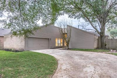 Single Family Home For Sale: 4411 Hickory Downs Drive