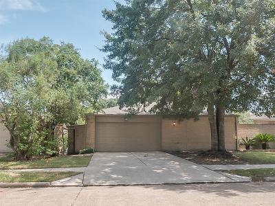 Houston Single Family Home For Sale: 2427 Prides Crossing Road