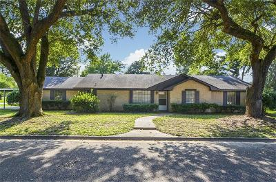 Liberty Single Family Home For Sale: 1603 Milam Street
