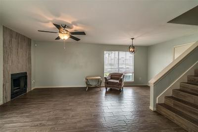 Galveston Condo/Townhouse For Sale: 3506 Cove View Boulevard #511