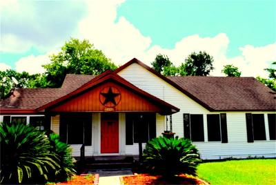 Highlands Single Family Home For Sale: 317 S Main Street
