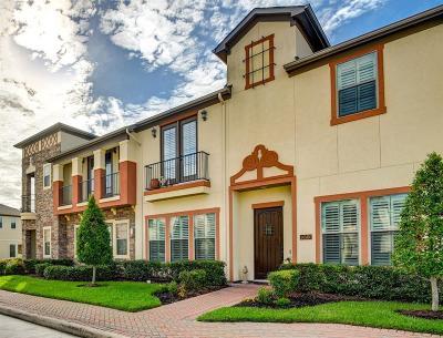 Houston TX Single Family Home For Sale: $340,000