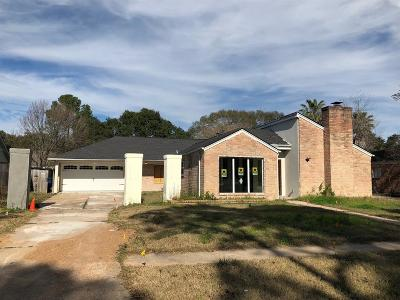 Single Family Home For Sale: 15802 Pine Mountain Drive