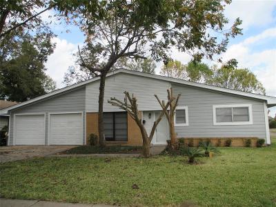 Pasadena Single Family Home For Sale: 3523 Tanglebriar Drive