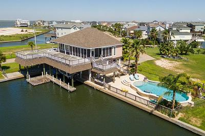 Tiki Island Single Family Home For Sale: 314 Westerly Drive