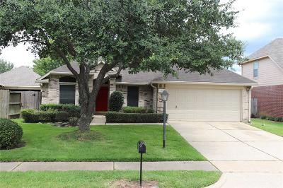 Pasadena Single Family Home For Sale: 4710 Sienna Heights Lane