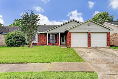 Friendswood Single Family Home For Sale: 2230 Leading Edge Drive