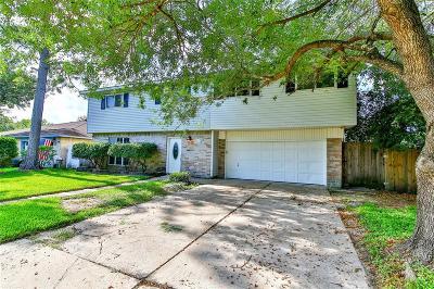 La Porte Single Family Home For Sale: 9810 Wren Street