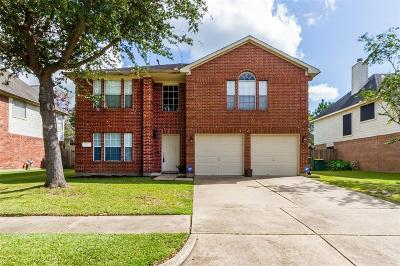 Pearland Single Family Home For Sale: 4526 Stonebridge Drive