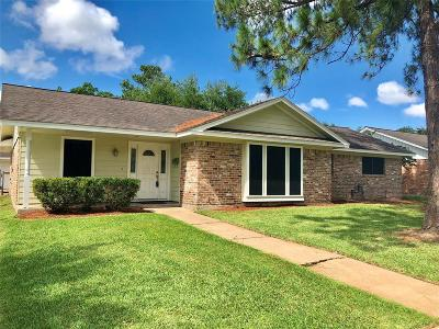 La Porte Single Family Home For Sale: 10443 Quiet Hill Road