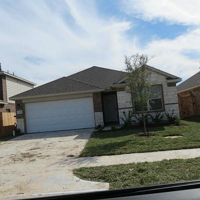 New Caney Single Family Home For Sale: 11330 Creekway Bend