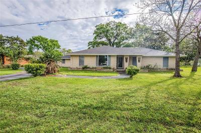 Highlands Single Family Home For Sale: 206 Riverside Street