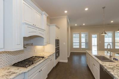 Montgomery County Single Family Home For Sale: 5026 Robin Park Court