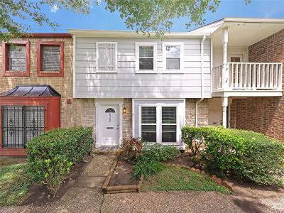 Harris County Condo/Townhouse For Sale: 8502 Ariel Street
