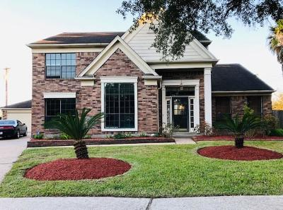 League City Single Family Home For Sale: 2125 Spinnaker Drive