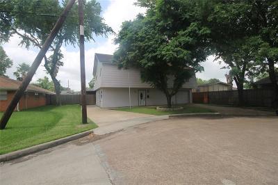 Deer Park Single Family Home For Sale: 222 E 11th Street