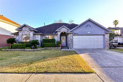 La Porte Single Family Home For Sale: 8806 Huntersfield Lane