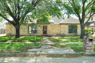 Houston Single Family Home For Sale: 7531 Apache Plume Drive