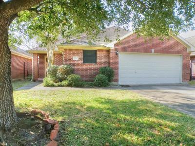 Dickinson, Friendswood Rental For Rent: 214 Live Oak Lane