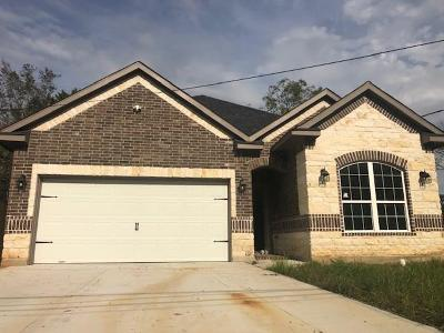 Dickinson Single Family Home For Sale: 2921 H Avenue