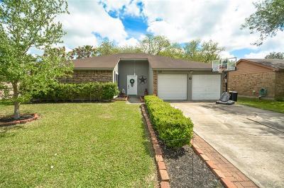 League City TX Single Family Home For Sale: $189,900