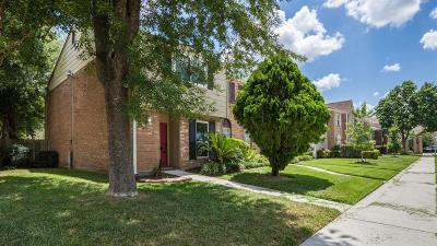 Houston Condo/Townhouse For Sale: 14501 Still Meadow Drive