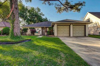 League City TX Single Family Home For Sale: $215,000