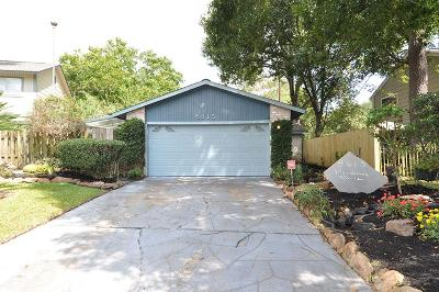 Humble TX Single Family Home For Sale: $155,000