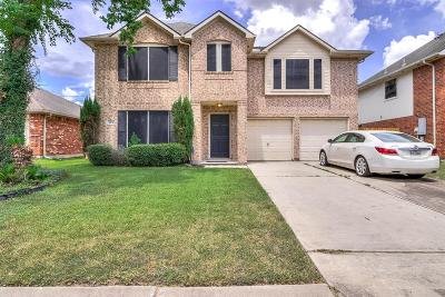 Pasadena Single Family Home For Sale: 4231 Lakewood Drive