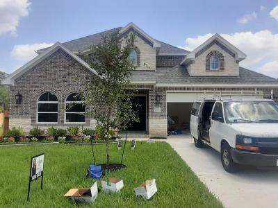 Spring Single Family Home For Sale: 24106 Willow Rose