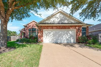 League City Single Family Home For Sale: 404 Abbey Lane