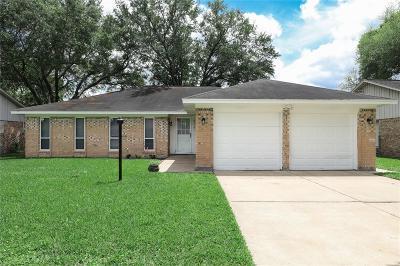 League City Single Family Home For Sale: 913 W Galveston Street