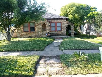 Galveston TX Single Family Home For Sale: $275,000