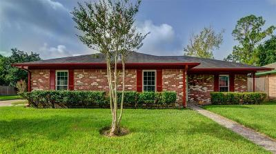 Houston Single Family Home For Sale: 6403 Darlinghurst Drive