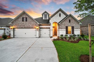 Katy Single Family Home For Sale: 6810 Regal Lakes Drive