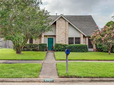 Sugar Land Single Family Home For Sale: 2902 Field Line Drive