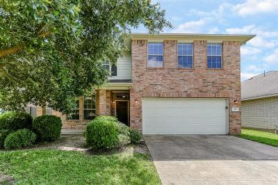 Richmond Single Family Home For Sale: 911 La Hacienda Drive