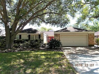 Houston Single Family Home For Sale: 2014 Rainlily Drive