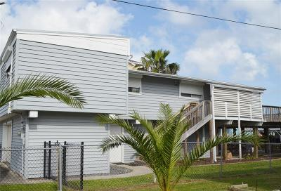 Galveston Single Family Home For Sale: 22113 Frio Drive