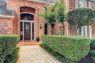 Houston Single Family Home For Sale: 15807 Hidden Cove