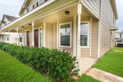 Prairie View Multi Family Home For Sale: 23198 High Point