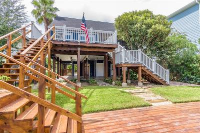 Kemah Single Family Home For Sale: 2131 Fenwood Street