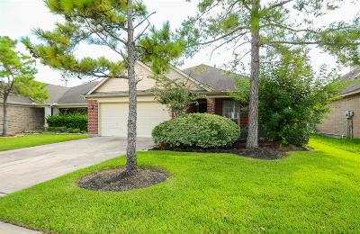 Cypress Single Family Home For Sale: 22014 Gold Leaf Trail