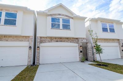 Cottage Grove Single Family Home For Sale: 5807 B Kansas