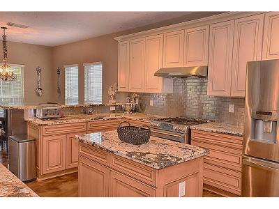Friendswood Single Family Home For Sale: 2856 Martina