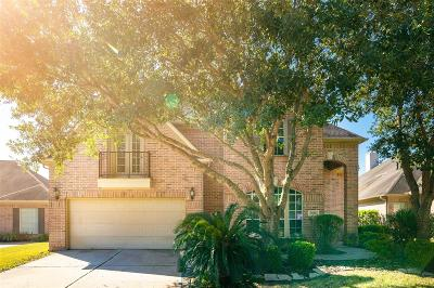 Sugar Land Single Family Home For Sale: 8726 Rippling Water Drive