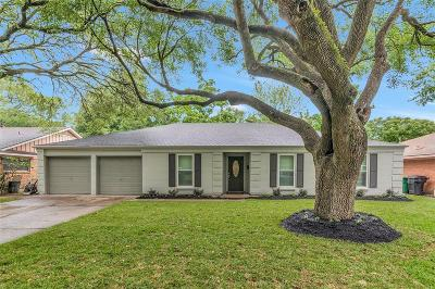 Houston TX Single Family Home For Sale: $375,000