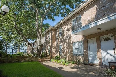 Seabrook Condo/Townhouse For Sale: 3535 Nasa Parkway #102
