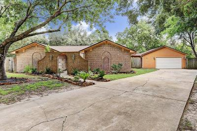 League City TX Single Family Home For Sale: $235,000